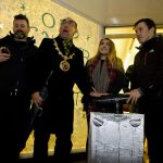 Mayor of Penzance David Nebesnuick switches on the lights on Causewayhead with the help of Young Citizen of the Year Kiera Graham and Sportsperson of the Year Neil Eddy. Penzance Christmas Lights Festival 2015. PZGM20151128C-022_C